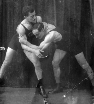 Julius Baruch (l.), 1924 European champion in weightlifting and Hermann Baruch, 1924 European champion in wrestling (lightweight). 